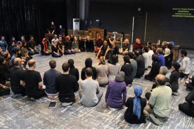 """2014.01.26 Workshop w Sali lustrz Wahdat Hall foto 2 - Ośrodek Praktyk Teatralnych """"Gardzienice"""""""
