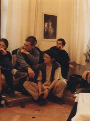 """Zajęcia I APT. Na zdjęciu: M. Rychły, J. Holcgreber, K. Skarżyński, D. Rembelska, K. Cis, J. Danielewicz. Fot. archiwum OPT """"Gardzienice"""""""