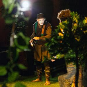 """""""Plutos"""", Teatr Thiasos. Na zdjęciu: O. Van Den Hende, S. Scarpa. Fot. M. Butryn"""
